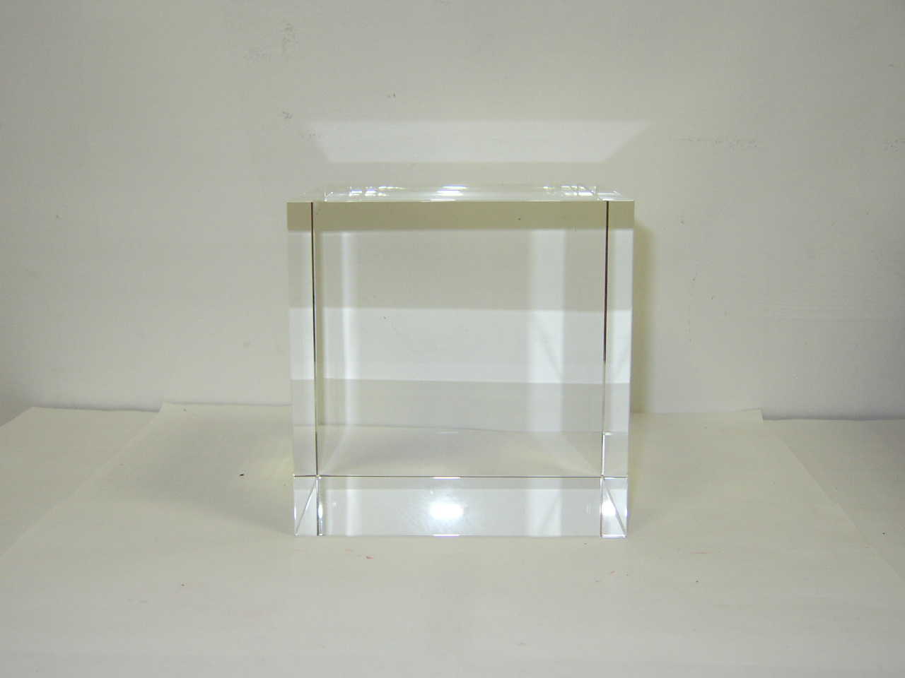 Optical Glass Cube 11 cm