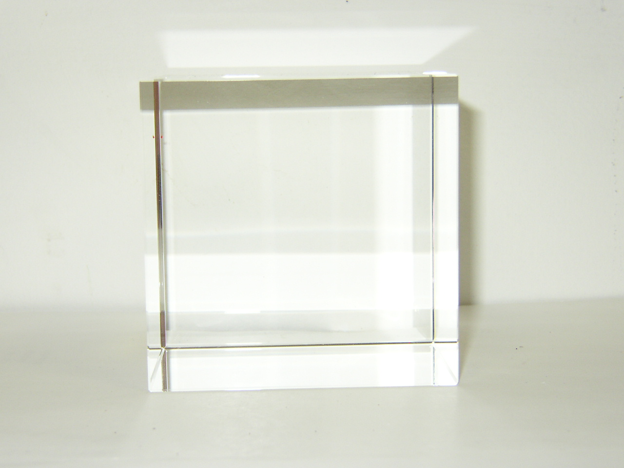 Optical Glass Cube 14 cm