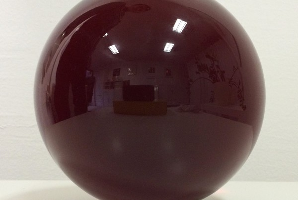 glass-sphere-red