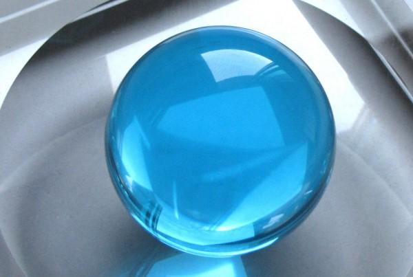 glass-sphere-sea-blue