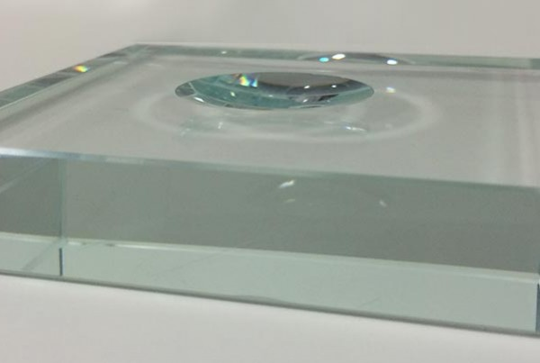 glass stand for spheres and halfspheres
